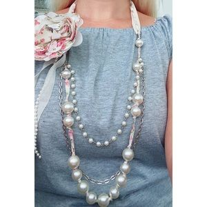 Gorgeous pearl statement long necklace